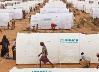 Nuovo record di profughi nel mondo, paga l'Occidente