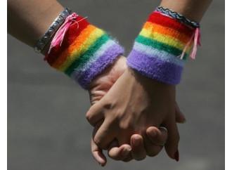 Unioni gay, cambia la strategia non l'obiettivo
