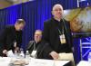 Biden e aborto, altolà dei vescovi. Ma il Vaticano li corregge