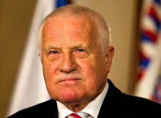 «I governi sfruttano il Covid per accrescere il controllo»