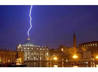 11 febbraio. La lezione apocalittica di Benedetto XVI
