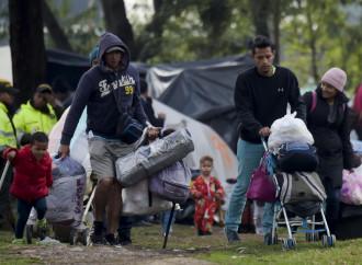 """Venezuela, un """"lager a cielo aperto"""" dove la fame è un'arma"""
