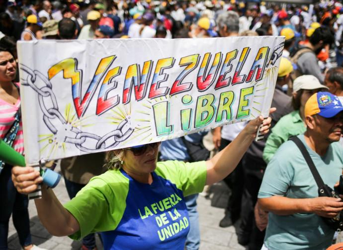 Venezuela, protesta dell'opposizione presso la sede dell'Onu