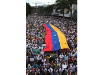 L'Italia si impegna a salvare il Venezuela