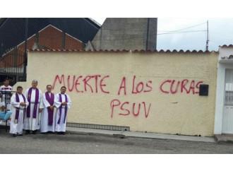 Venezuela, inizia la persecuzione della Chiesa