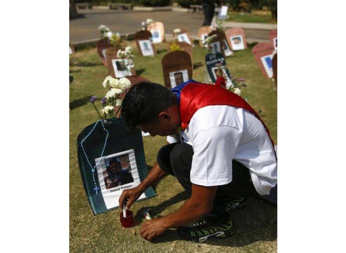 Venezuela, tributo ai caduti dell'insurrezione