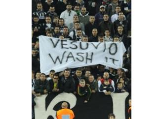 Se i tifosi di calcio sono puniti in nome del politicamente corretto