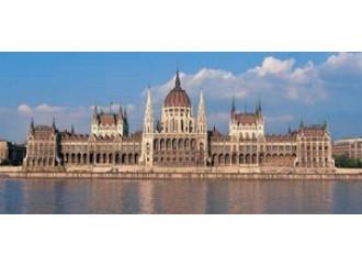 La Ue all'assalto dell'Ungheria pro-life
