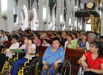 Caritas Hanoi moltiplica le iniziative caritatevoli