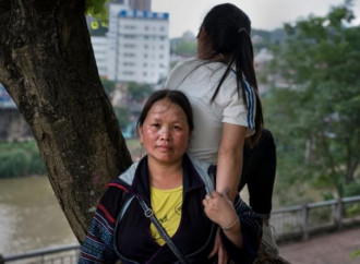 Cresce la tratta di esseri umani organizzata da trafficanti cinesi