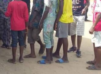 L'Interpol libera 157 piccoli schiavi in Nigeria e Benin