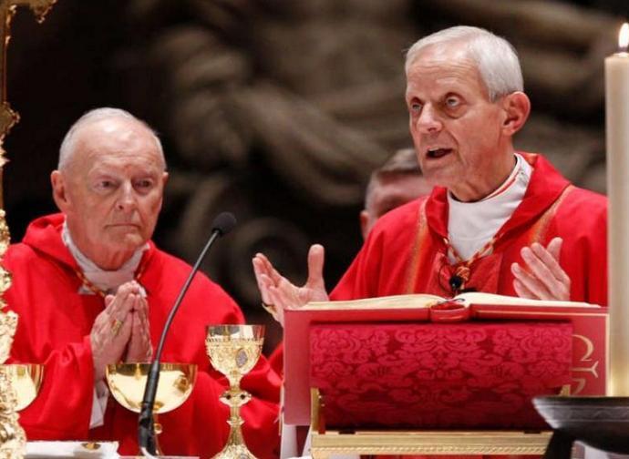 Il cardinale Wuerl (a destra)