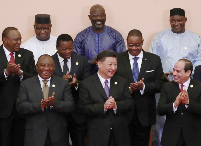 Xi Jinping fra i leader africani