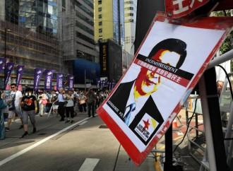 Hong Kong, sottomessa alla Cina, sta impazzendo