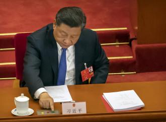 Xi Jinping vota la nuova legge sulla sicurezza nazionale