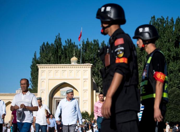Xinjiang, sorveglianza continua