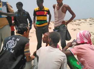 Decine di emigranti africani annegano nel Golfo di Aden