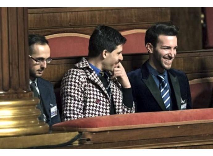 Il militante Lgbt  Andrea Maccarone (secondo da sinistra) al Senato