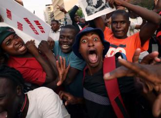Zimbabwe, festa per le strade